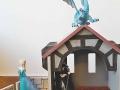 drak na střeše