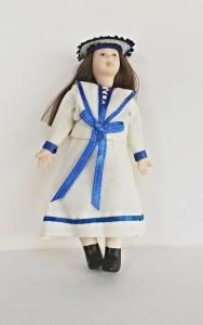 2015370 porcelánová panenka Ruth