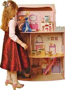 Domek pro Barbie bílé pozadí 2