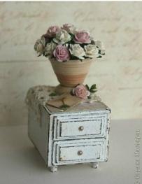 stoleček z krabičky od sirek