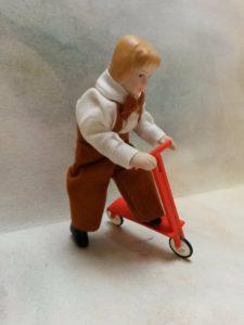 Miniature scooter