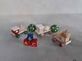 hračky z dřevěných korálků